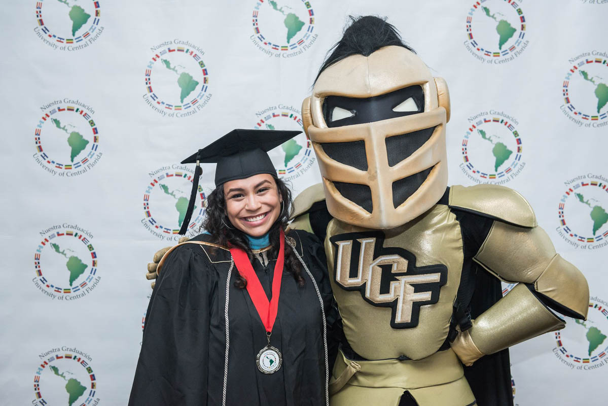 UCF Named a Finalist for National Award Recognizing Service to Latino Students
